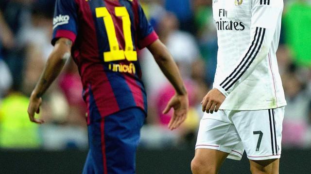 Pelo WhatsApp, Cristiano Ronaldo aconselha Neymar a ficar no Barça