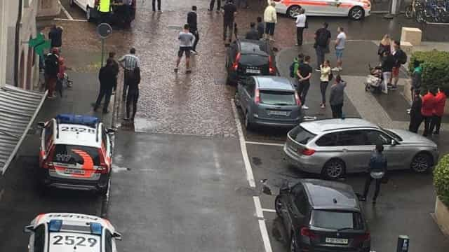 Homem armado com motosserra  deixa cinco feridos na Suíça