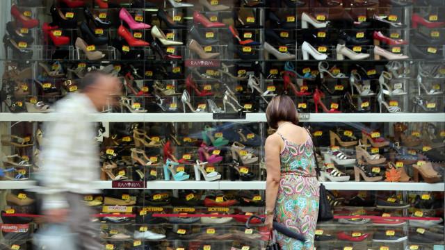Confiança do comércio cresce 23,8% em junho