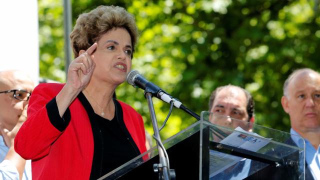 Dilma inocenta Gleisi em depoimento à Justiça