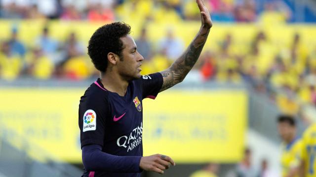 Pelé e Raí desejam sorte a Neymar no PSG