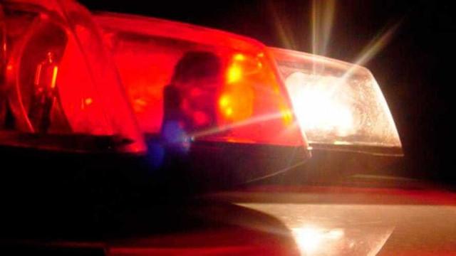 Polícia identifica um dos envolvidos em roubo de van com duas crianças