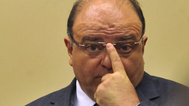 Moro decreta bloqueio de R$ 6 milhões do ex-deputado Vaccarezza