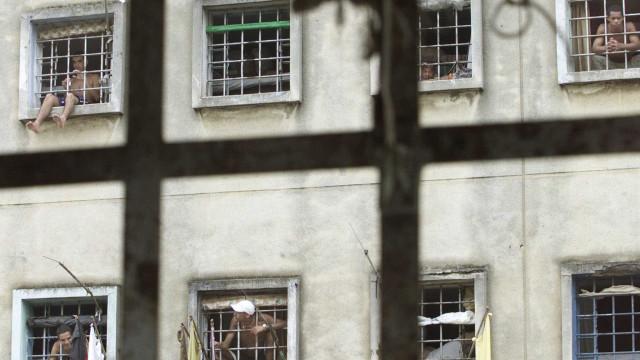 Presos enfrentam falta de registro civil para a ressocialização