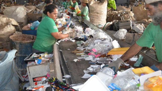 Campanha estimula separação do lixo em condomínios