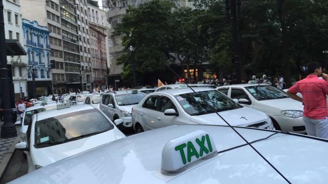 Passageiro se recusa a pagar corrida de R$ 33 e mata taxista em SP
