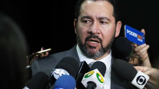 'Teremos um ciclo de crescimento nos próximos 10 anos', diz ministro