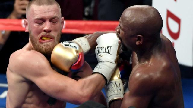 Conor McGregor agradece e rasga elogios a Floyd Mayweather
