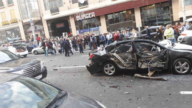 Explosão deixa ao menos um morto no centro de Kiev