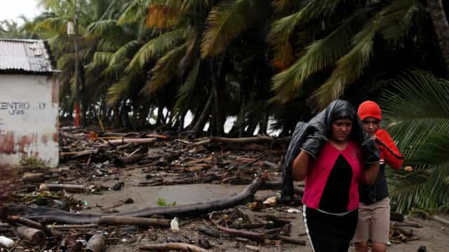 Sobe para 19 o número de mortes confirmadas pelo Furacão Irma