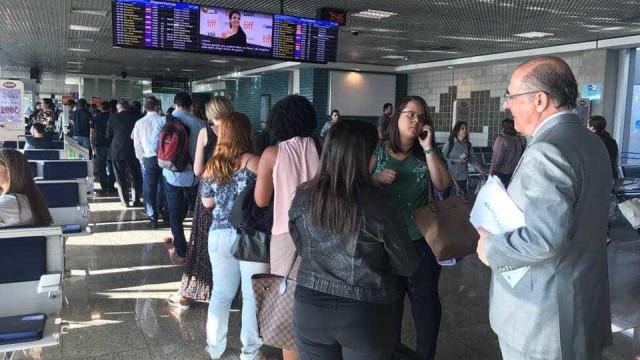 Assessor de Doria tirou foto de Alckmin na fila do aeroporto