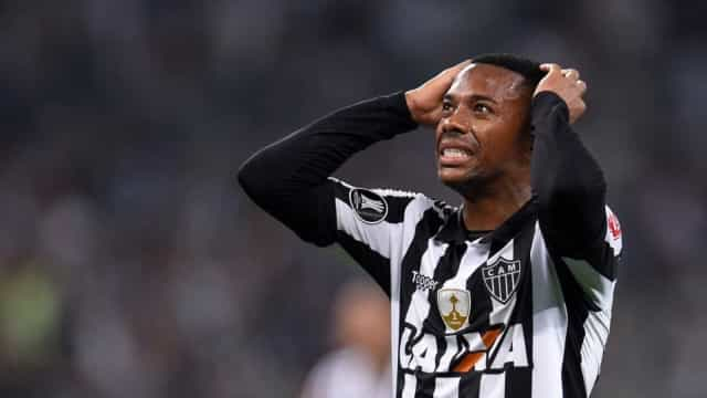 Em má fase e na reserva, Robinho não deve renovar com o Atlético-MG