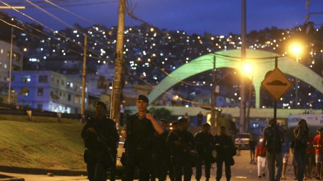 Rio pede patrulhamento de militares em 103 locais