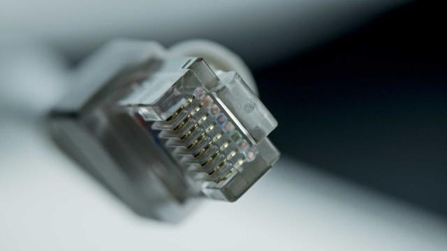 Internet fixa registra 19.485 novos clientes em agosto