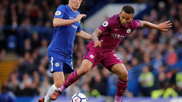 Com Gabriel Jesus, City derrota o Chelsea e recupera liderança
