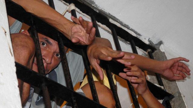MP do Rio critica proposta de transferir presos de cadeias federais