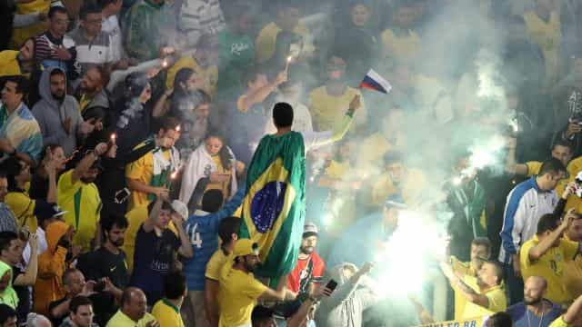 CBF é novamente multada pela Fifa por gritos de 'bicha'