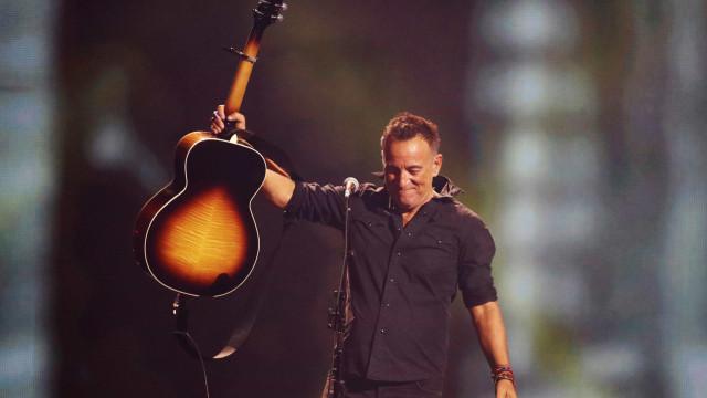 Bruce Springsteen dedica primeiro show na Broadway a Tom Petty