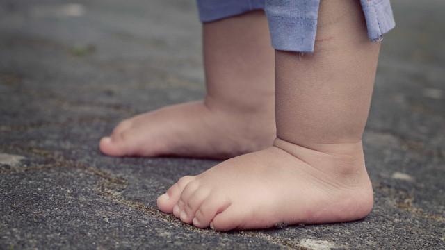 Sobe para seis número de crianças mortas em creche de MG