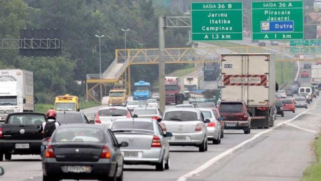 Três pessoas morrem em acidente na rodovia Fernão Dias