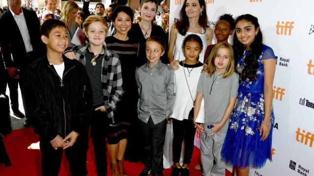 Angelina Jolie perdeu o controle da educação dos filhos, diz revista