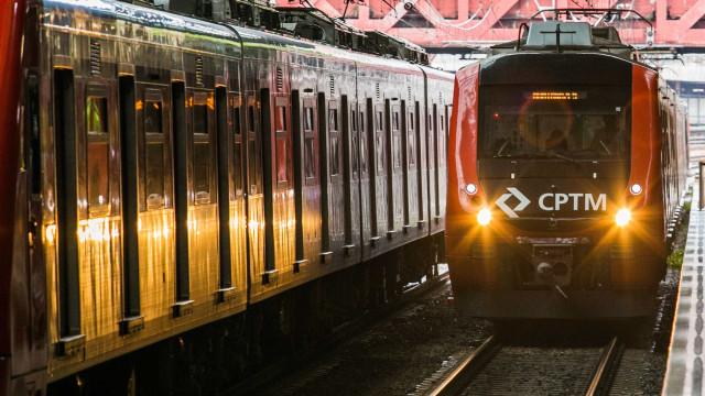 Linha 9-Esmeralda da CPTM tem falha de energia elétrica em Osasco
