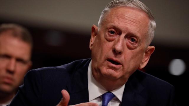 Secretário de Defesa quer fechar quase 20% das bases dos EUA no mundo