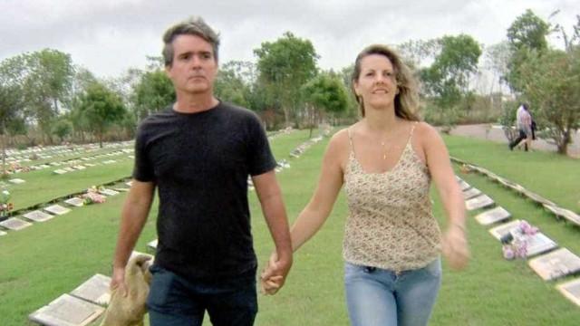 Casal se conheceu durante visitas a túmulos de ex-companheiros