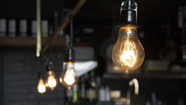 Conta de luz fica mais cara em outubro