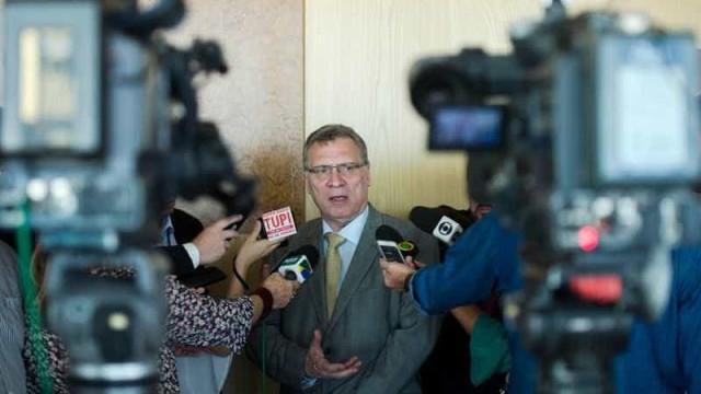 Ex-ministro diz que Fux foi 'irresponsável' ao falar sobre Lula