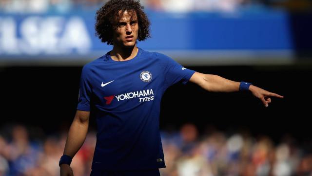 Técnico 'ameaça' David Luiz e futuro do zagueiro no Chelsea fica aberto