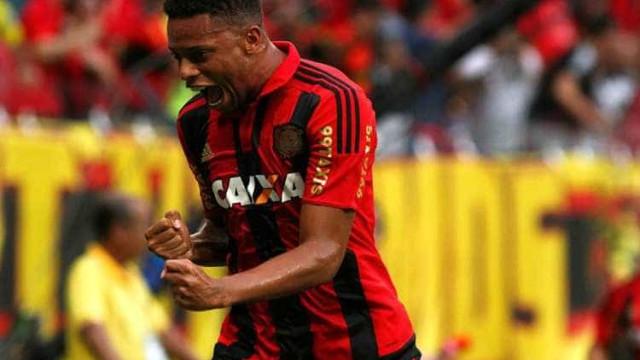 Chapecoense e Sport empatam em 1 a 1 com dois gols de pênalti