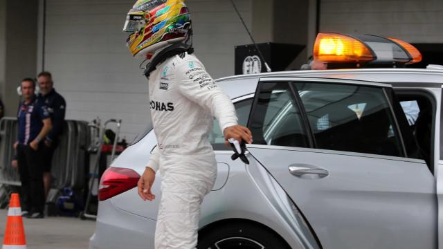 Após assalto, Mercedes receberá escolta policial até o fim do GP Brasil