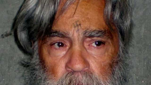 Assassino Charles Manson é internado em estado grave nos EUA