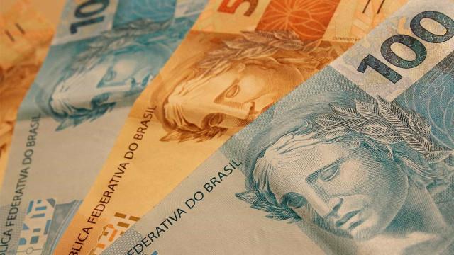 Homens são presos por estelionato com R$ 100 mil em notas falsas em SC