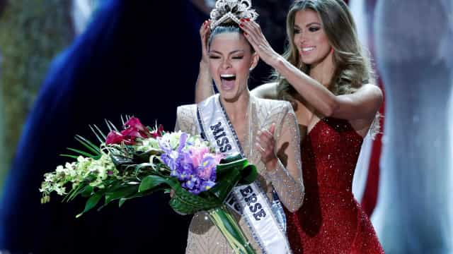 Sul-africana é coroada Miss Universo 2017; brasileira fica entre as 10