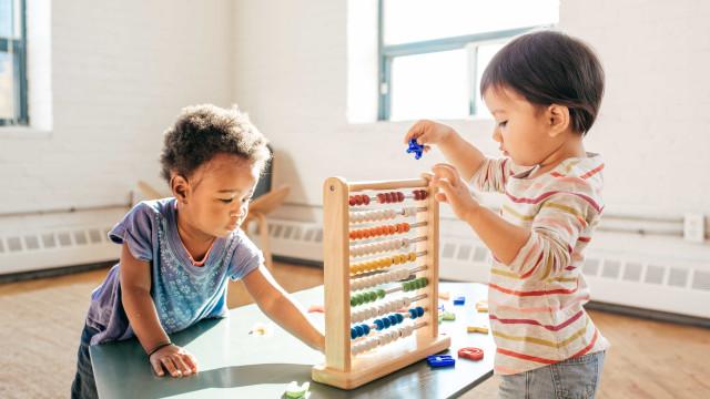 Entenda as etapas de crescimento e desenvolvimento infantil