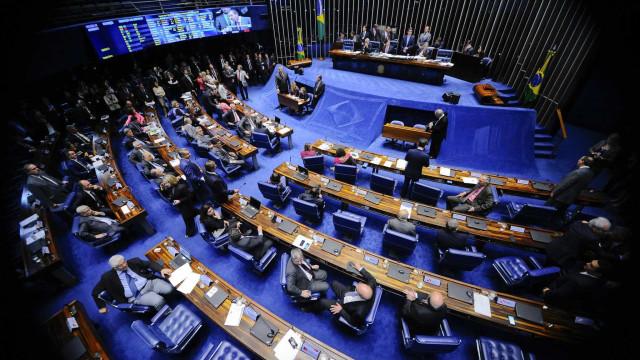Senado aprova fim das coligações e cria cláusula de barreira