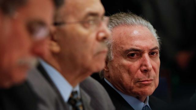 Ofensiva do governo para aprovar reforma libera R$ 500 mi a sindicatos
