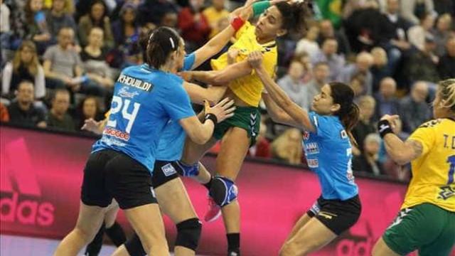 Campeã em 2013, seleção de handebol é eliminada na 1ª fase do Mundial