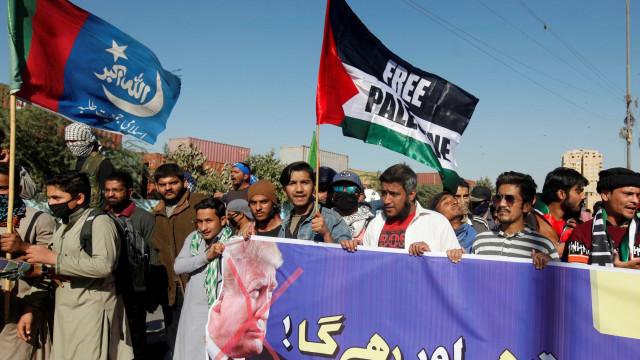 Irã apela para países muçulmanos romperem com Israel