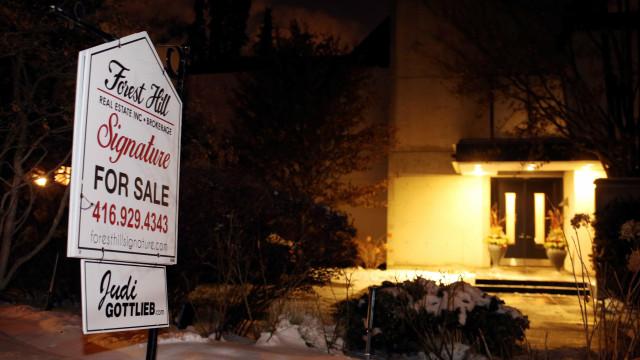 Casal de bilionários é encontrado morto em mansão