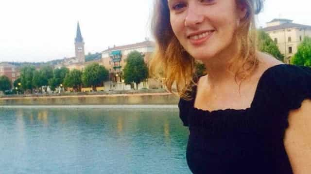 Suspeito de matar diplomata britânica é preso após confessar crime