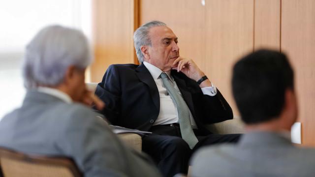Barroso dá 15 dias para Temer responder à PF sobre Decreto dos Portos