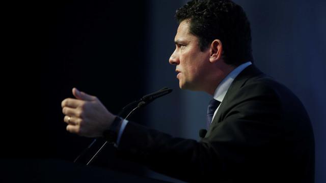 Moro é vaiado em congresso de procuradores municipais no Paraná