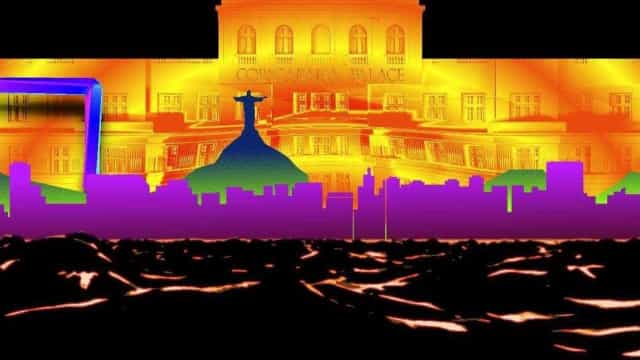 United VJs apresentam 'video mapping' na fachada do Copacabana Palace