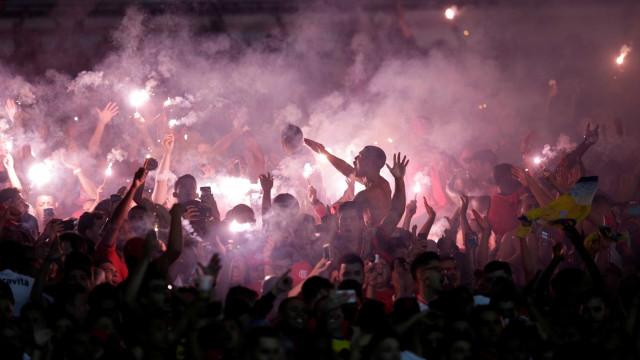 Flamengo entrega defesa à Conmebol e aguarda julgamento