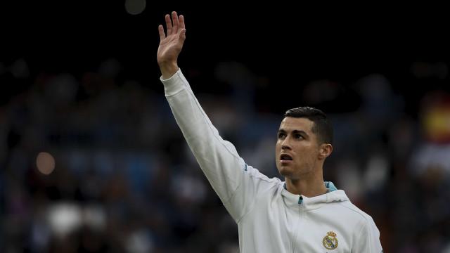 Cristiano Ronaldo ganha o quarto prêmio de melhor do mundo em 2017