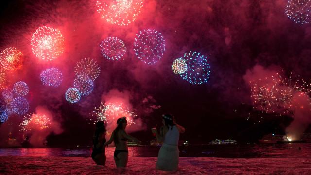 Veja o ano novo ao redor do mundo em algumas fotos
