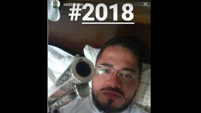 Padre que publicou foto com revólver pede perdão: 'Errei'